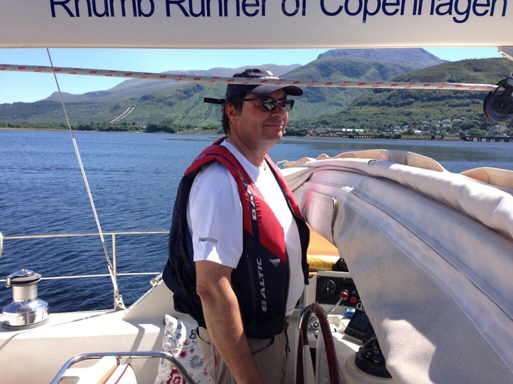 Skipper ud for Fort Williams i Skotland